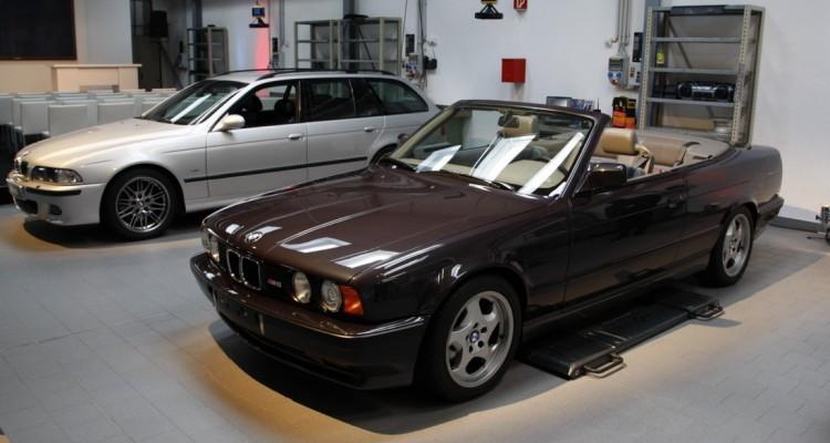 BMW-E34-M5-CONVERTIBLE-2