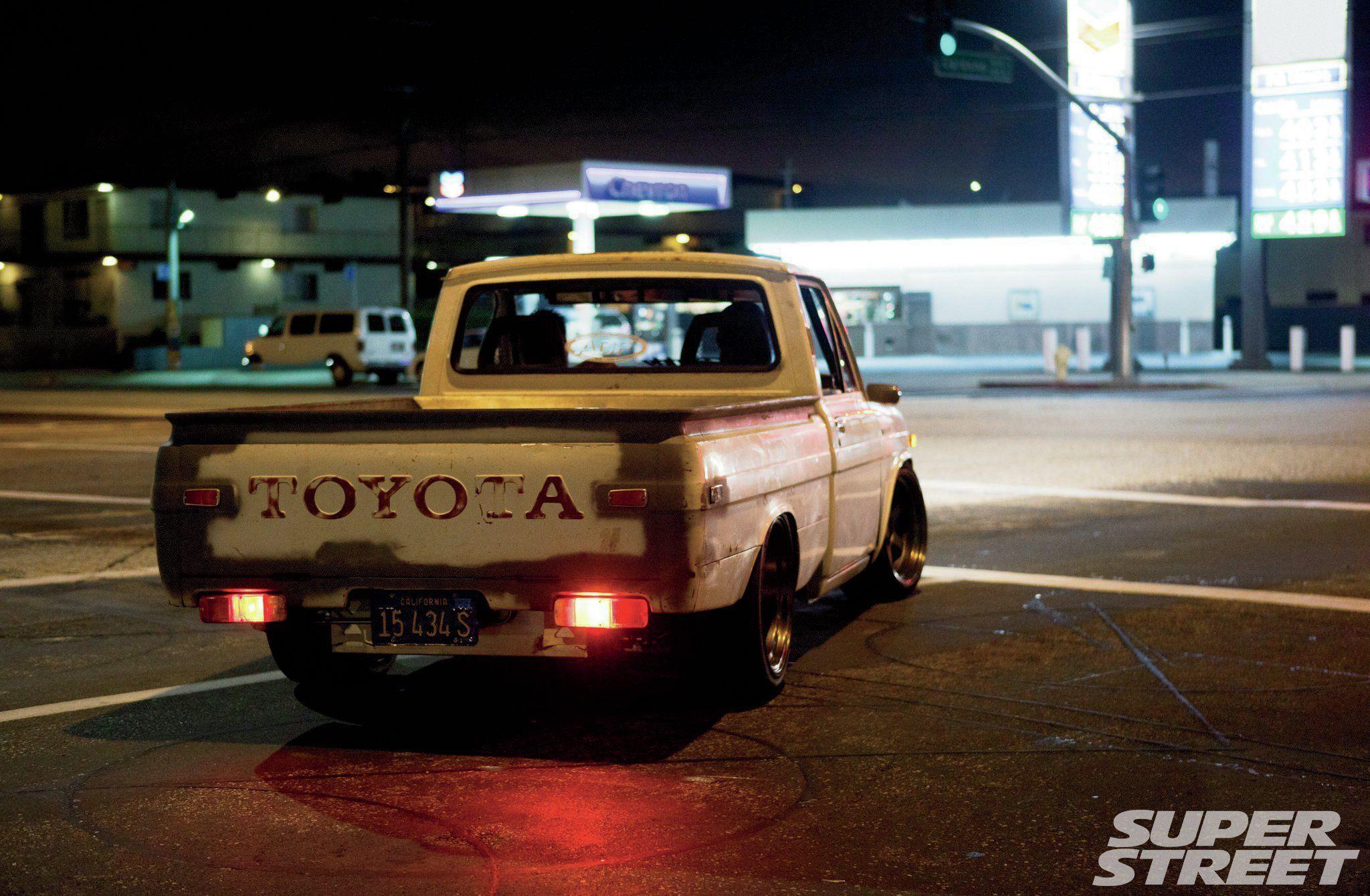 scott-kanemura-1972-toyota-hilux-pickup-11